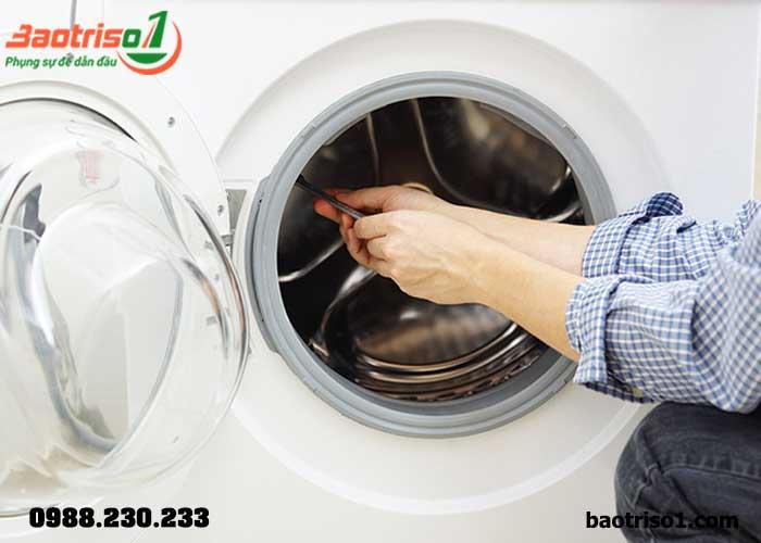 Khắc phục triệt để các lỗi máy giặt tại nhà khu vực Nam Từ Liêm