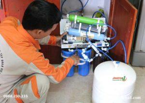 Sửa máy lọc nước chuyên nghiệp tại Thanh Xuân