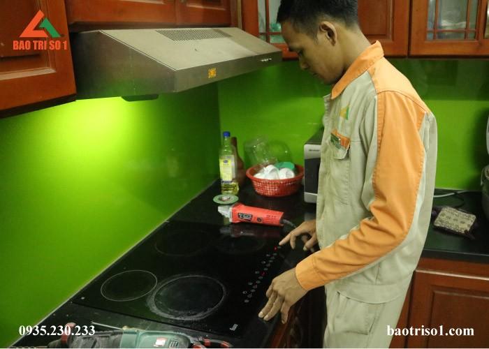 Sửa bếp từ Kangaroo tại nhà Hà Nội