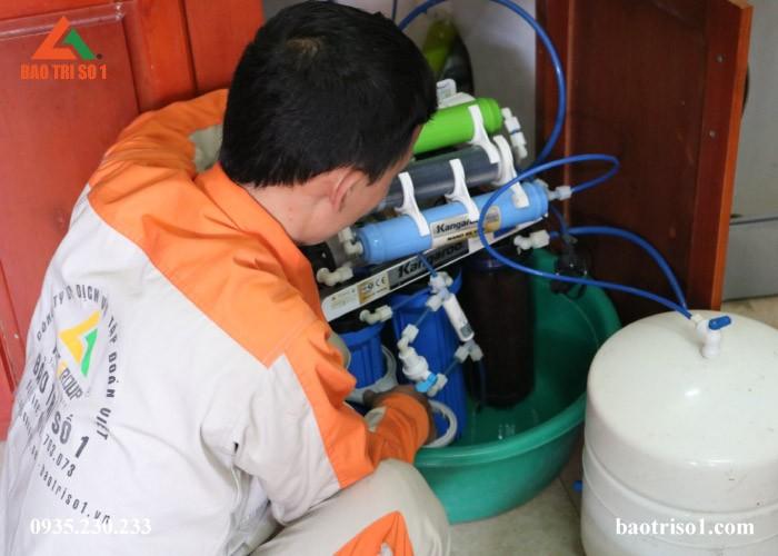 Sửa máy lọc nước bị rò rỉ nước
