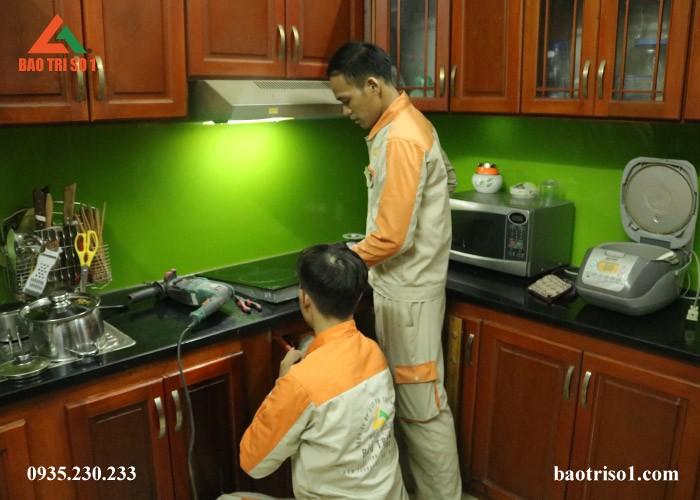 Dịch vụ sửa bếp từ tại nhà của Bảo Trì Số 1