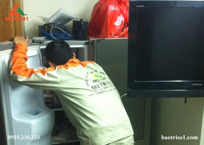 Sửa tủ lạnh quận Hoàng Mai giá rẻ